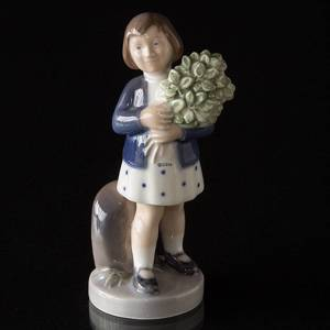 Girl with flower bouquet, May, Royal Copenhagen monthly figurine | No. R4527 | DPH Trading