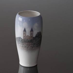 Vase with Viborg cathedral, Royal Copenhagen | No. R4686 | DPH Trading