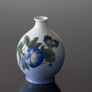Vase with Bindweed, Royal Copenhagen | No. R790-1813 | DPH Trading