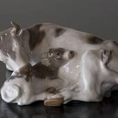 Cow with calf, Royal Copenhagen figurine