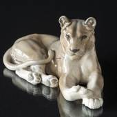 Lion figurine, Lioness, Royal Copenhagen figurine