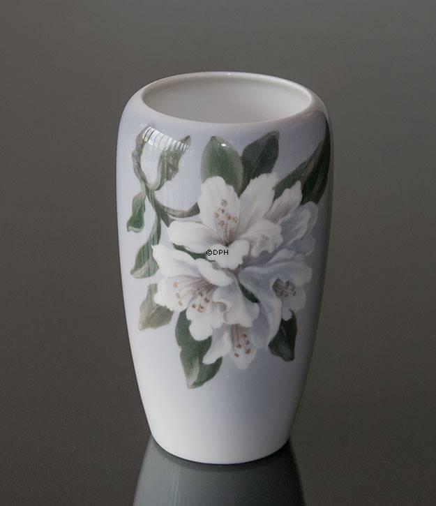 Vase With White Flower Royal Copenhagen No R846 237 Alt R