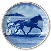 Ravn horse sports plate no. 3, Harness Racing - Gunnar Axelryd and Express ...