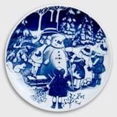 1999 Royal Copenhagen The Children's Christmas plate