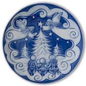 2010 Royal Copenhagen The Children's Christmas plate