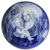 1976 Royal Heidelberg Mother's Day plate, Mother with child