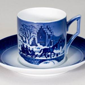 1999 Royal Copenhagen Christmas Cup, The Sleigh Ride | Year 1999 | No. RK1999 | Alt. 1911399 | DPH Trading