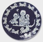 1974 Royal Copenhagen Mother's Day plate, Greenlandic Mother