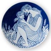 1978 Royal Copenhagen Mother's Day plate, Motherhood