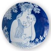 1979 Royal Copenhagen Mother's Day plate, Motherhood