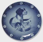 1986 Royal Copenhagen Mother and Child plate, dog with puppies