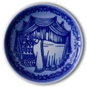 Royal Copenhagen Plaquette no. 81 in the Hans Christian Andersen serie...