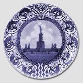 1911 Royal Copenhagen Memorial plate, the Neptun well at Frederiksborg