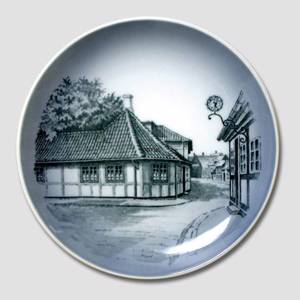 Bowl with Hans Christian Andersens House, Royal Copenhagen | No. RNR16-4754 | Alt. DV.7000 | DPH Trading