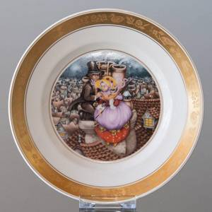 Hans Christian. Andersen Fairytale plate, The Shepherdess and the Sweep, Royal Copenhagen | No. RNR528-12 | DPH Trading
