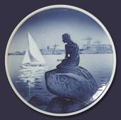 Royal Copenhagen Plate with The Little Mermaid no. 4679