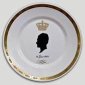 1984 Royal Copenhagen Plate with Silhouette of Prince Henrik