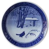 Birds in snow covered garden 1919, Royal Copenhagen Christmas plate