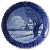 Snow covered landscape with church 1923, Royal Copenhagen Christmas plate