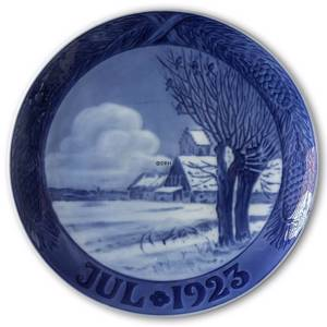 Snow covered landscape with church 1923, Royal Copenhagen Christmas plate | Year 1923 | No. RX1923 | Alt. 1901023 | DPH Trading