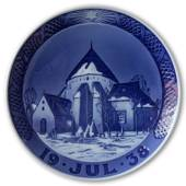 Oesterlars church on Bornholm 1938, Royal Copenhagen Christmas plate