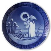 Angel and Christmas Rose, 1945 Royal Copenhagen Christmas plate
