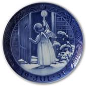 Christmas Angel 1951, Royal Copenhagen Christmas plate