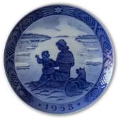 Scenery from Greenland 1958, Royal Copenhagen Christmas plate