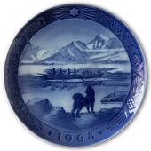 The last umiak in Greenland 1968, Royal Copenhagen Christmas plate