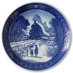 Going Home for Christmas 1973, Royal Copenhagen Christmas plate | Year 1973 | No. RX1973 | Alt. 1901073 | DPH Trading