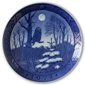 Winter Twilight 1974, Royal Copenhagen Christmas plate