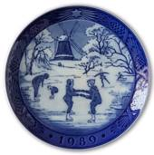 The Old Skating Pond 1989, Royal Copenhagen Christmas plate