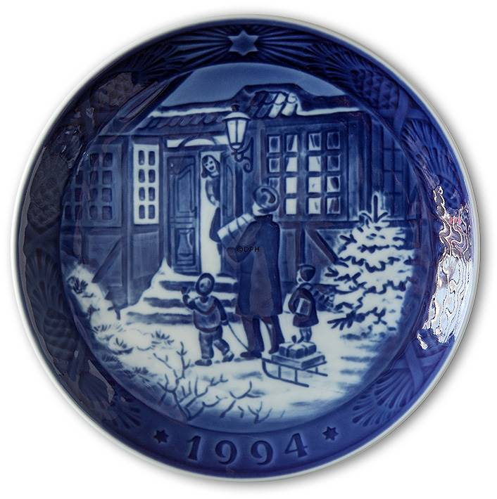 Royal Copenhagen Christmas plates 1908-2017 | Danish Porcelain House.
