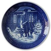 Christmas Shopping 1994, Royal Copenhagen Christmas plate