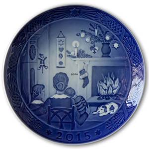 Christmas Days 2015, Royal Copenhagen Christmas plate | Year 2015 | No. RX2015 | Alt. 1901115 | DPH Trading