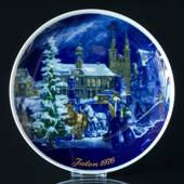 1976 Tettau traditional Christmas plate