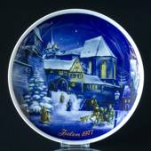 1977 Tettau traditional Christmas plate