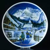 1984 Tettau traditional Christmas plate