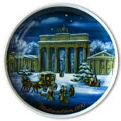 1990 Tettau traditional Christmas plate with Gernan text (Weihnachten)