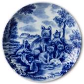 Berlin Design mother's day plate 1987 Foxes (German Text)