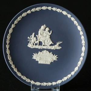 1975 Wedgwood Mother's Day plate