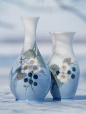 Royal Coppenhagen vase with flower