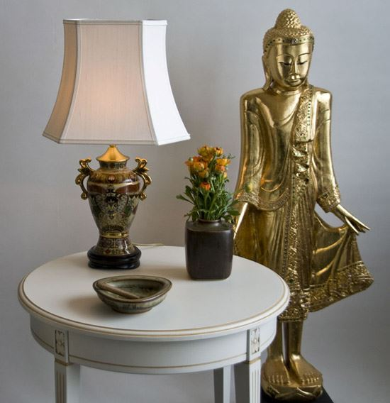 Lampshade Oblong Hexagonal Chinese Lamp and Buddha
