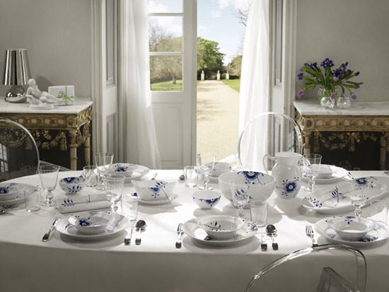 Blue Fluted Mega tableware Royal Copenhagen