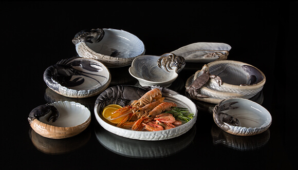 Bowls and dishes for serving fish, schrimp and sushi