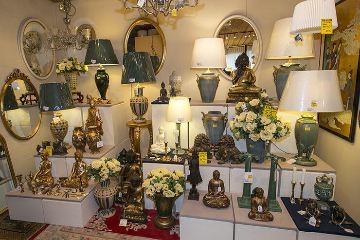 Buddhaer, orientalsk kunst og klassiske bordlamper