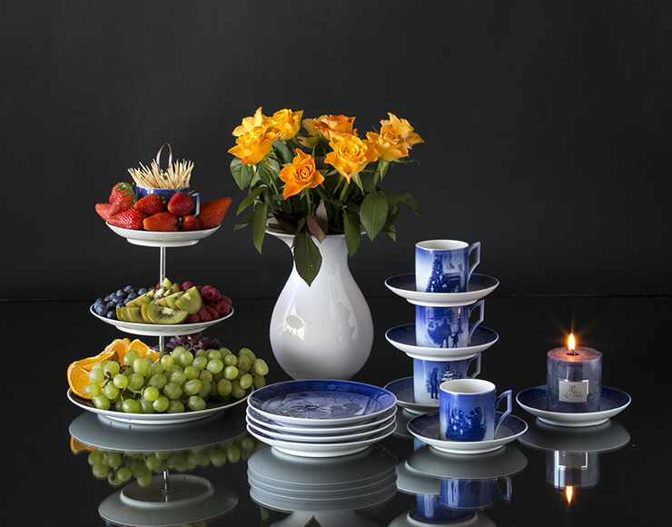 Royal Copenhagen centerpiece with annual cup