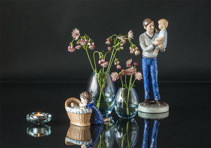 Royal Copenhagen parents with children and Holmegaard Hellas vases