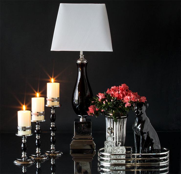 Klassische Kerzenhalter, Vasen und Spiegeltabletten